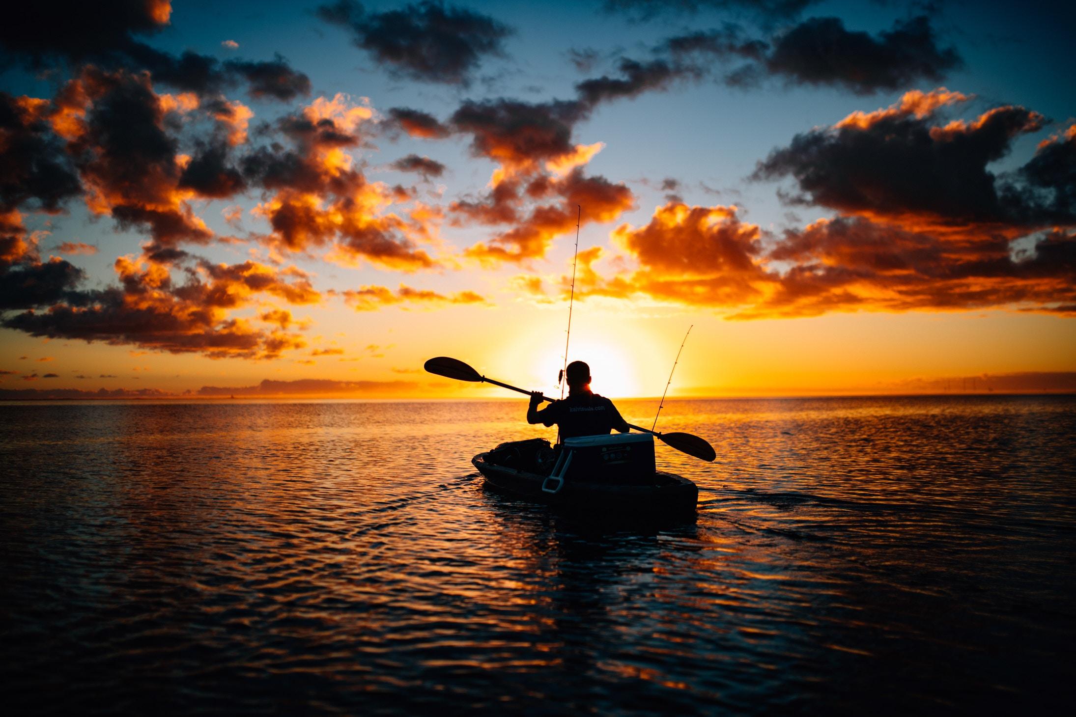 Kom tættere på havet med en fiskekajak